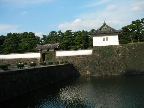 mon023.JPG 皇居桜田門 高麗門